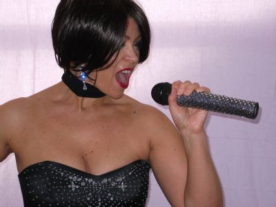 Whitney Houston Tribute Act Acts