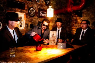 Domonic Halpin & the Honey B`s