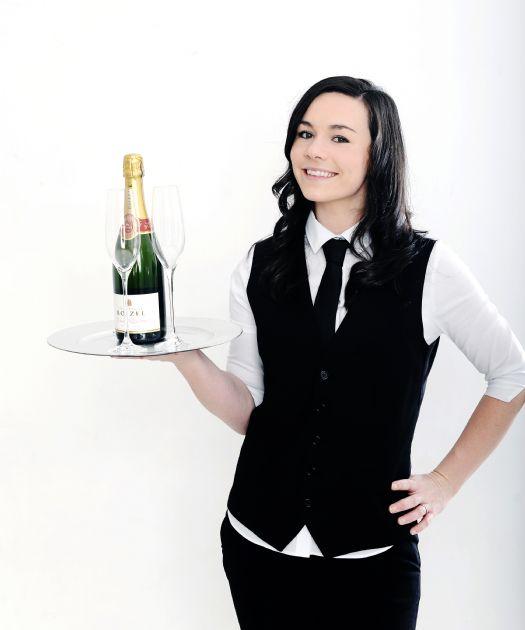 Nunudes Co Uk Jess: Brilliant Singing Waitress