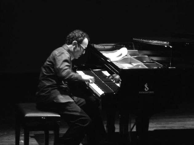 Gallery: Marco  Solo Pianist